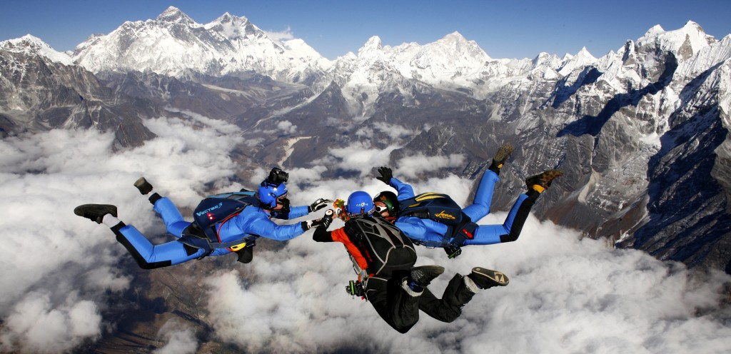 Skydive_Mount_Everest
