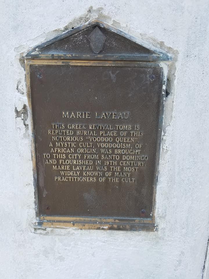 Marie_Laveau_Tomb